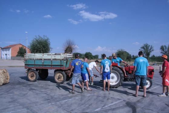 Organizando el manejo de tractor con galera